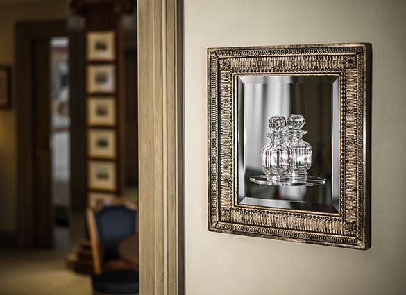 Extravagant miroir ecrin cadeau france for Miroir paris france